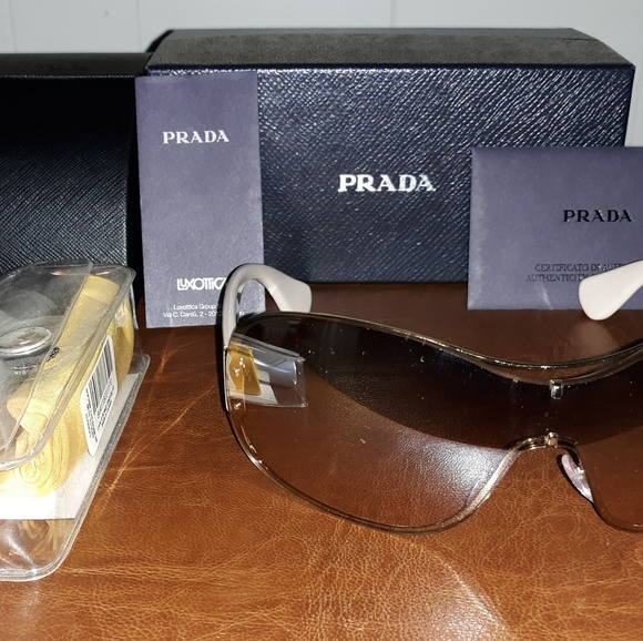 c8a1c1ac95aac Discontinued Prada sunglasses